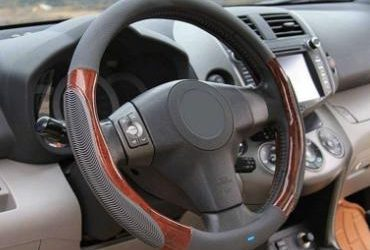 Are steering wheel covers dangerous?